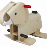 El elefante que camina de Plan Toys