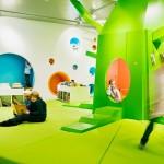Espacios Cool: Librería de diseño ultramoderno