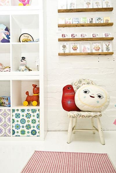 Decoracion mueble sofa estantes para dormitorios infantiles for Muebles infantiles ikea