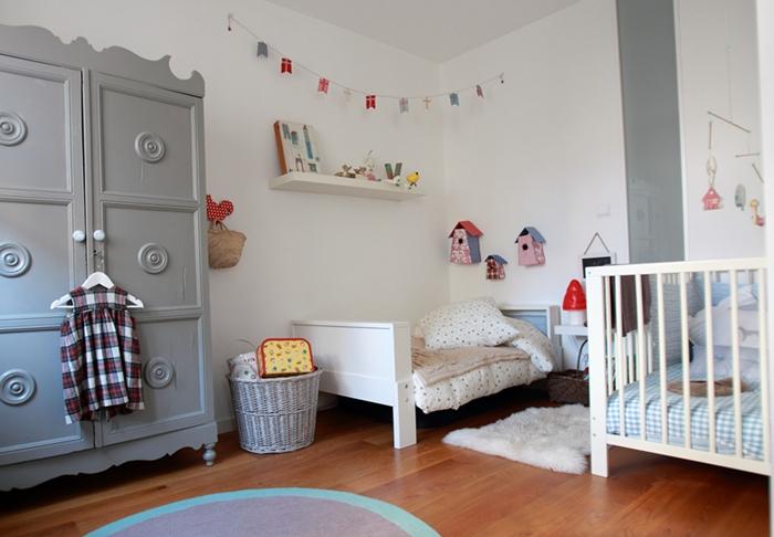 Una habitaci n infantil de acogida decopeques - Cuarto infantil nino ...