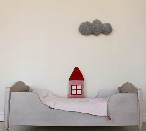 Cojines ideales para dormitorios infantiles for Cojines de nubes