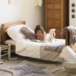 Dormitorio para niños en tonos naturales