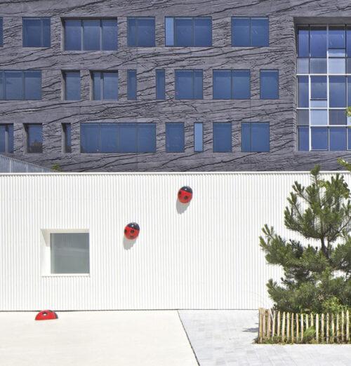 jirafa 9 500x522 Espacios Cool para niños... Guardería La Jirafa en París