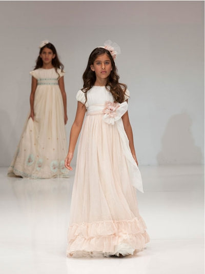 vestido de comunion de larrana Vestidos de Comunión 2013