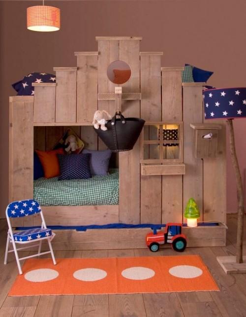 cama casita 2 500x643 Casitas infantiles de madera para Dormir