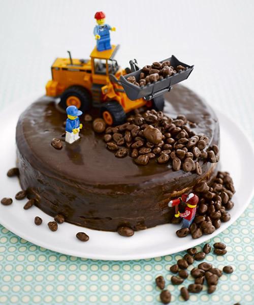 Tarta de Cumpleaños para fiestas obras publicas y construccion