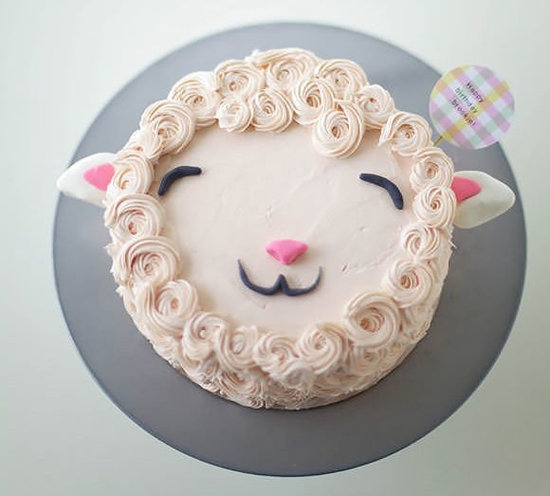 tarta de cumple ovejita facil