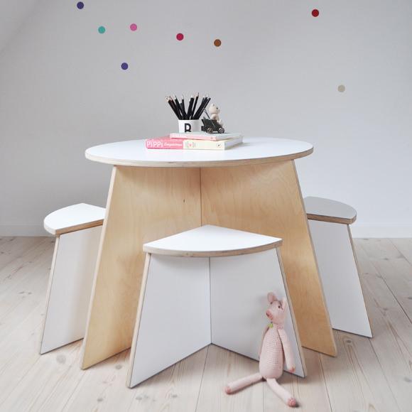 Small design mesa blanca