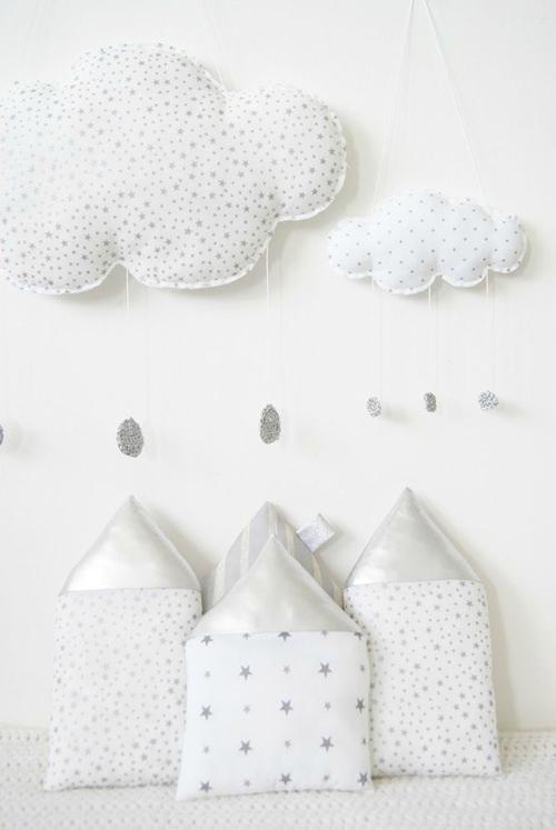 Decora la Habitación del Bebé con Nubes de Plata