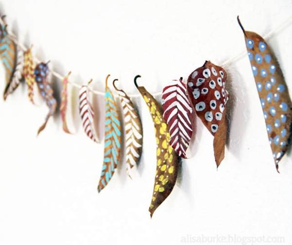 plumas de otoño 7 Manualidades con hojas de otoño para niños