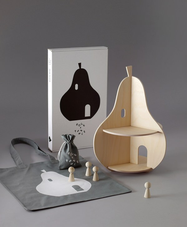 5_RP-Pear-House-with-bag