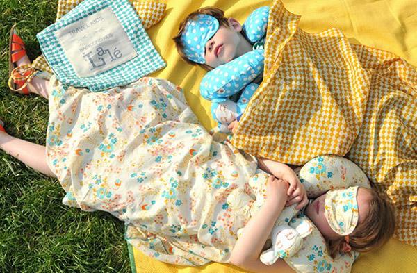 Kit de viaje ideal para niños de Babyccino y Lalé