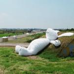 Las asombrosas obras gigantes de Florentijn Hofman