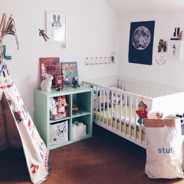 habitacion con tipi1 5 habitaciones blancas con pinceladas de color