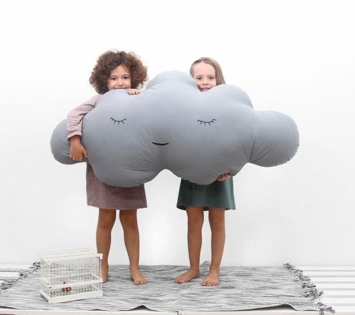 cojines infantiles gigantes Soñando entre nubes ☁ con Paparajote Factory