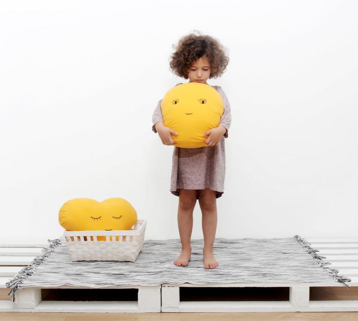 cojines niños caritas Soñando entre nubes ☁ con Paparajote Factory