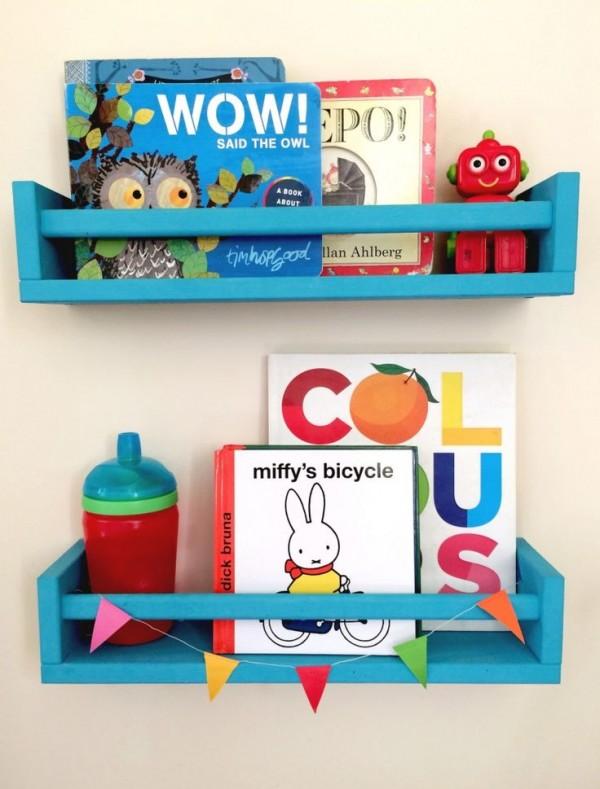 especiero ikea cuentos 600x789 DIY: Estantería para cuentos y libros con el especiero de Ikea