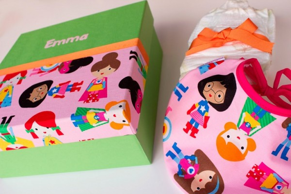 regalos personalizados de monaditas 5 600x399 Regalos originales para embarazadas y recién nacidos