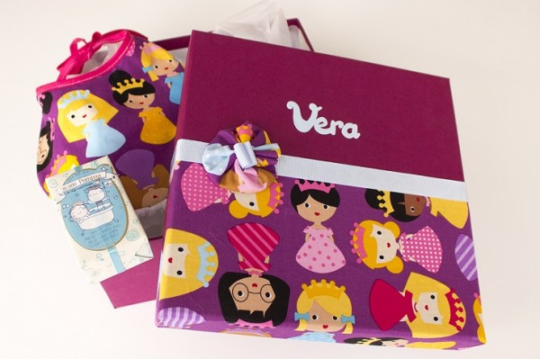 regalos personalizados para monaditas 7 600x399 Regalos originales para embarazadas y recién nacidos