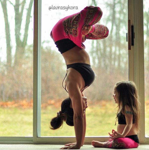 Yoga-mama-hija-2