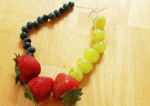 collar-con-frutas