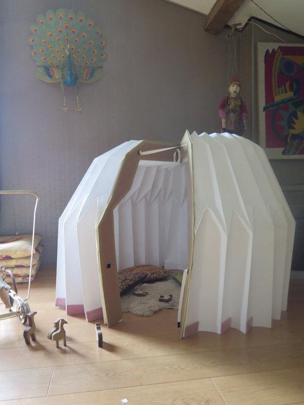 Casitas infantiles hechas en papel for Jugar a hacer casas