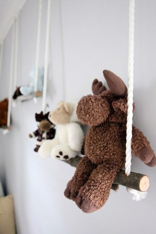 columpios-muñecos-madera