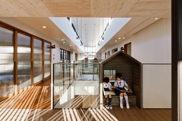 guarderia-de-diseño-en-japon-casitas