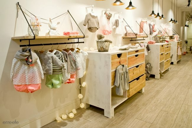 decoracion-tienda-infantil-nanos-madera