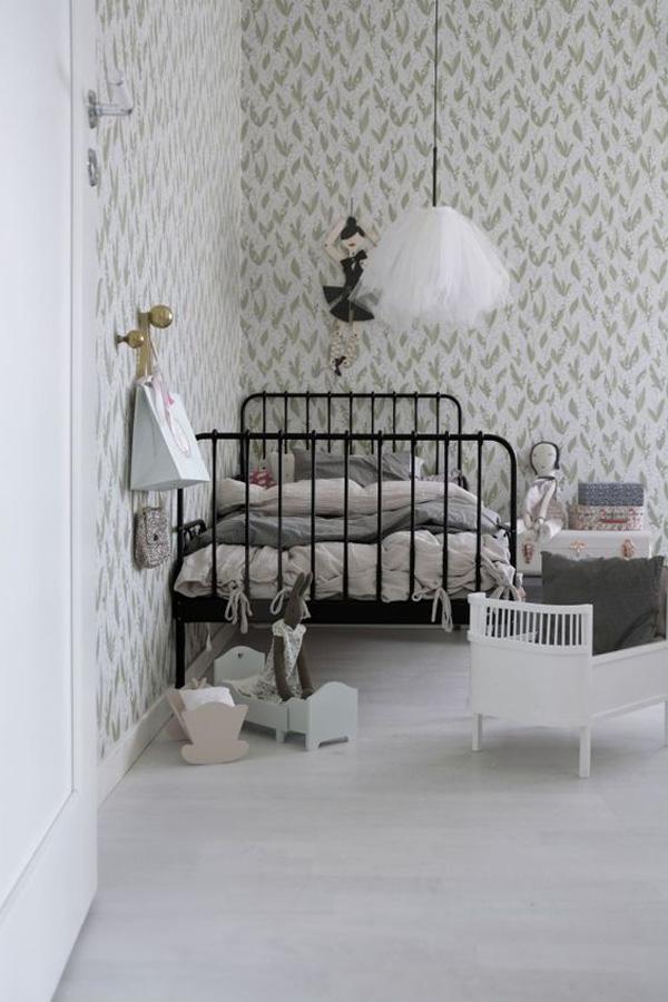 habitacion-infantil-nina-cama-forja
