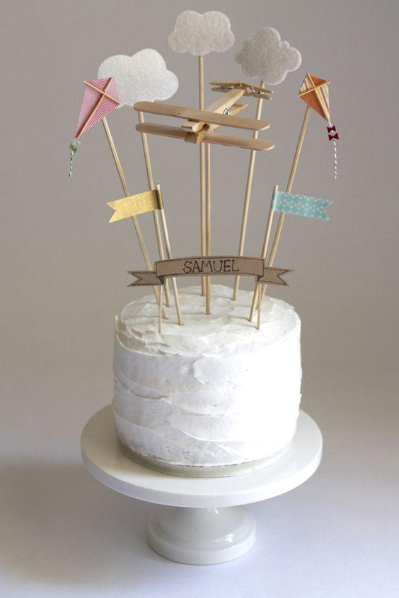 decorar-tartas-infantiles-con-globos-y-banderines-3