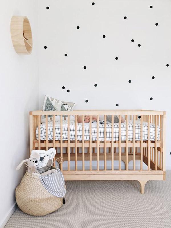 cesta-de-mimbre-habitacion-bebe