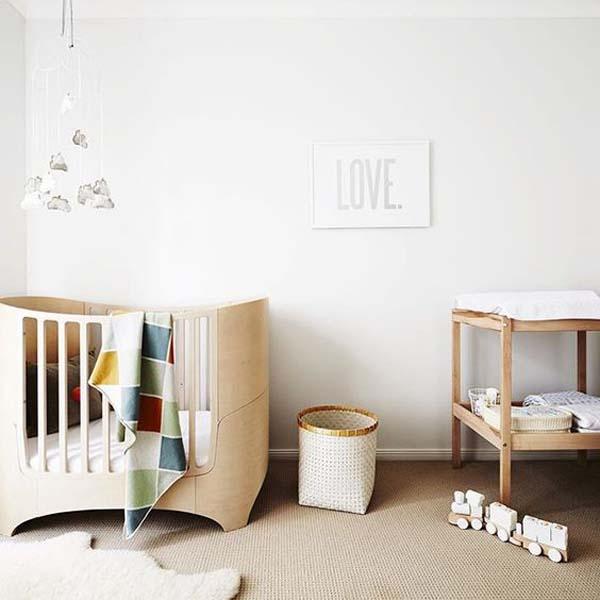 habitacion-bebe-color-blanco-madera