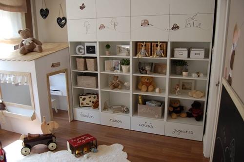 Personaliza los muebles de ikea con pintura y siluetas for Muebles cajoneras ikea