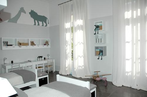 Dormitorio infantil en tonos neutros decopeques - Suelo habitacion ninos ...