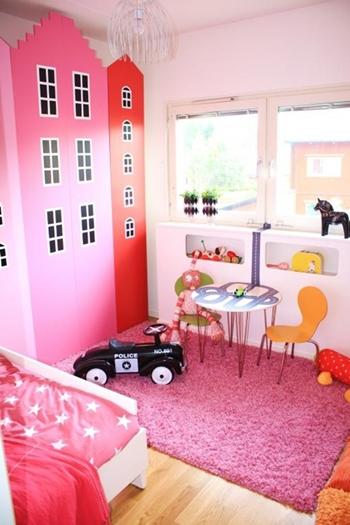 DIY: Estanterías de Ikea convertidas en casitas