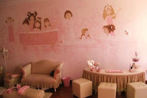 Espacios cool para ni os le petite spa en miami decopeques for Decoracion de pared para spa