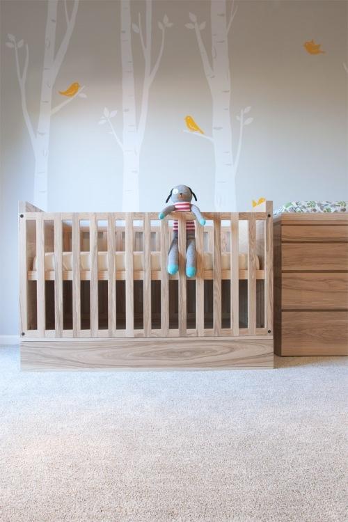 Dormitorio para un beb decopeques for Vinilos para habitaciones de ninos