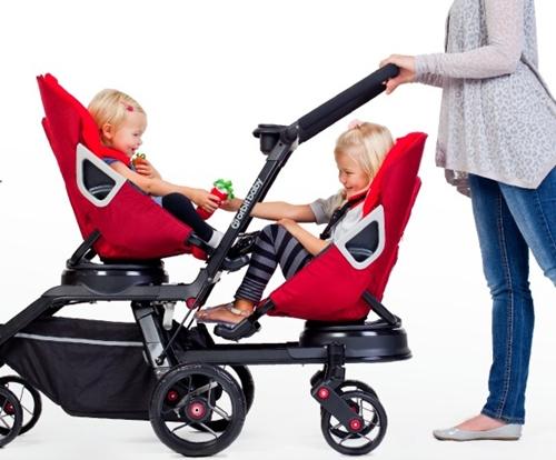 Lo último último en carritos de bebé para gemelos: Orbit Double Helix™