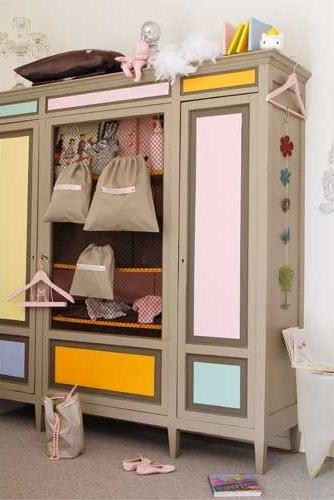 Dormitorios infantiles by maloe decopeques - Armario habitacion infantil ...