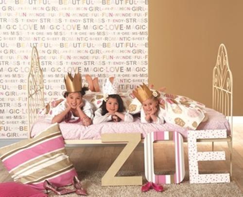 Miss Zoe, los papeles pintados infantiles de Caselio.