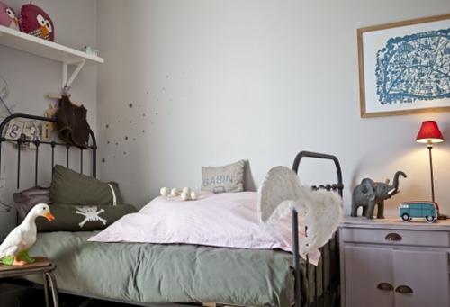 Dormitorios infantiles chics y urbanos decopeques - Dormitorios infantiles vintage ...