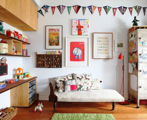 Dormitorios infantiles ecl cticos decopeques for Decorar paredes con cuadros y espejos