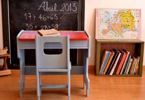 escritorio niños vintage