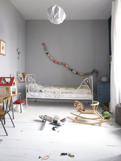 habitaciones infantiles sencillas y con sabor decopeques. Black Bedroom Furniture Sets. Home Design Ideas