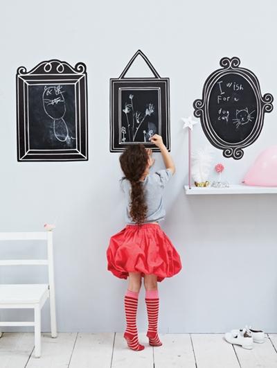 Pizarras adhesivas para pequeños artistas