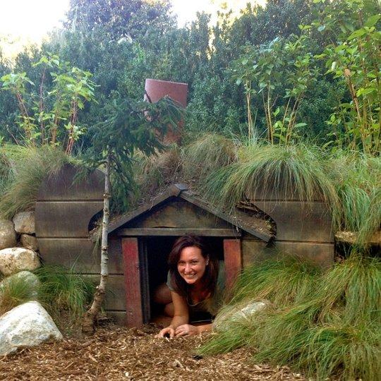 Una casita de hobbits en tu jardín