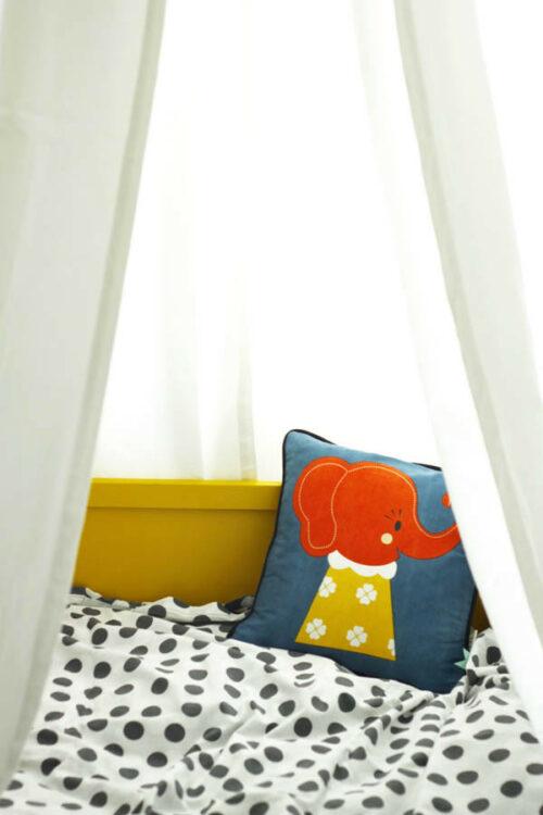 cuna amarilla habitacion infantil 2