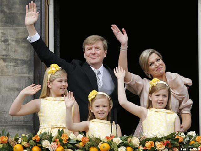 Pili Carrera viste a las niñas de la Casa Real Holandesa
