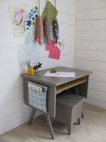10 ideas para organizar y decorar la zona de estudio de los ni os decopeques - Ikea mesas estudio ninos ...